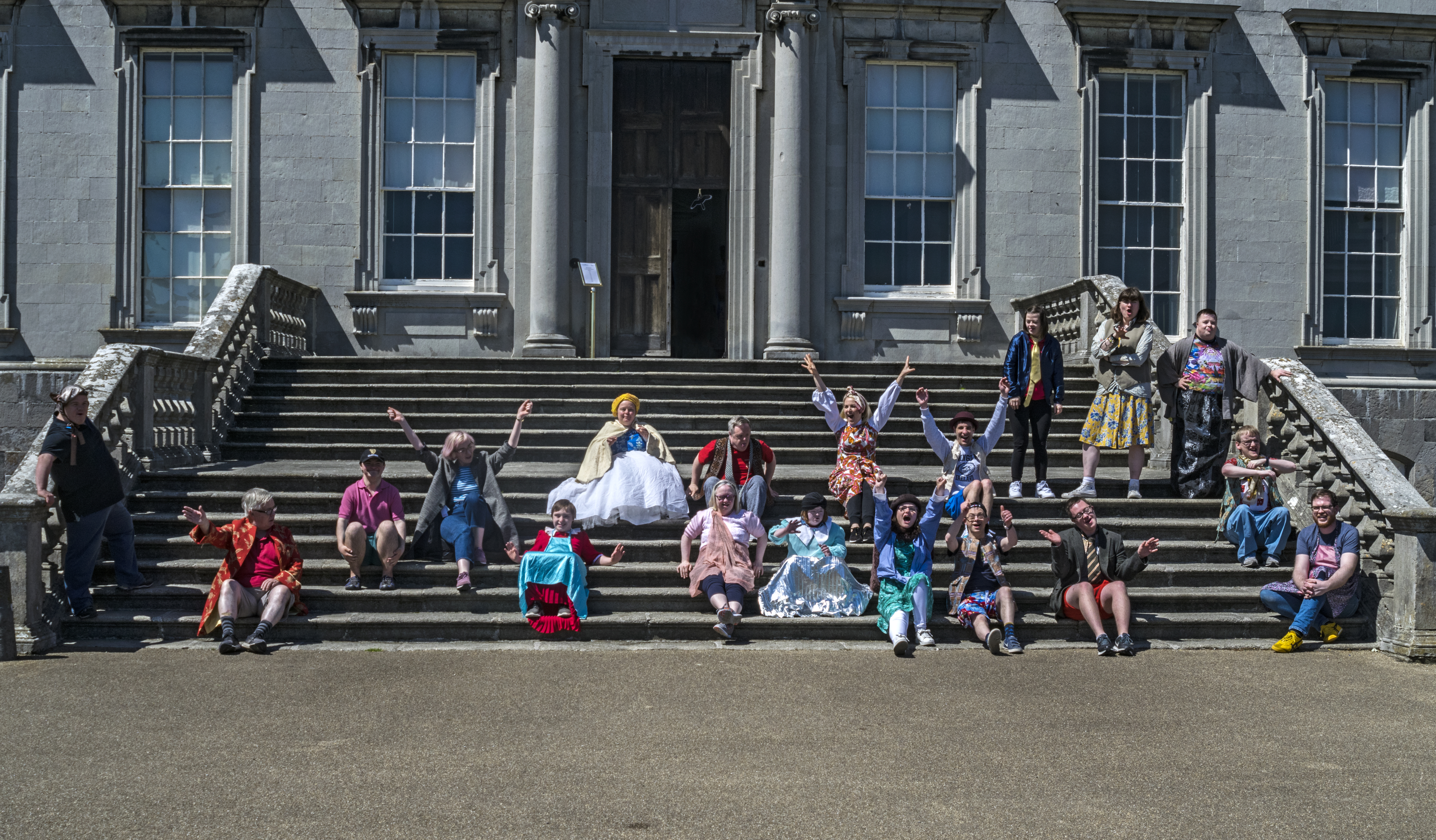 run-of-the-mill-theatre-matsterclass-of-2019-castletown-house-image-by-vincent-lillis